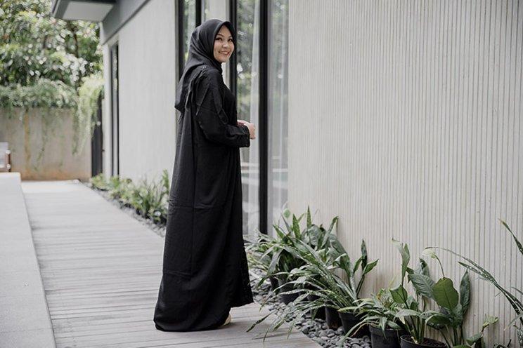 Model Baju Syari Pesta gelap